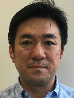 篠塚 寛訓氏