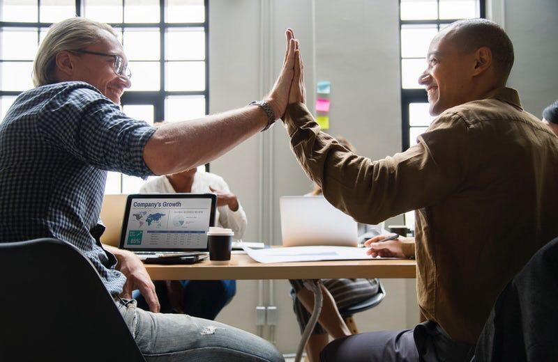 採用担当者が知るべき「従業員エンゲージメント」の高め方<br>エイベックスが実践する、一人ひとりの力を発揮させる組織作りとは